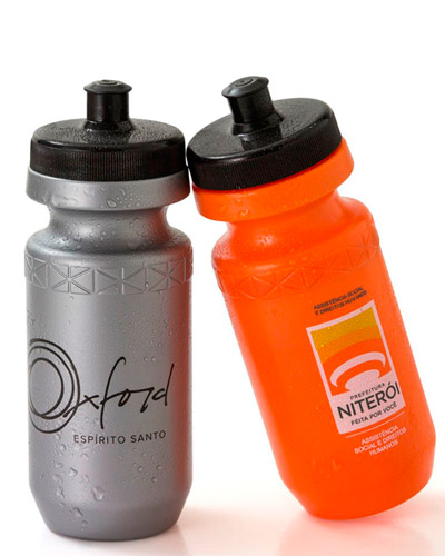 Squeeze de Plástico Promocional | Squeeze personalizado de plástico e com capacidade de 620 ml